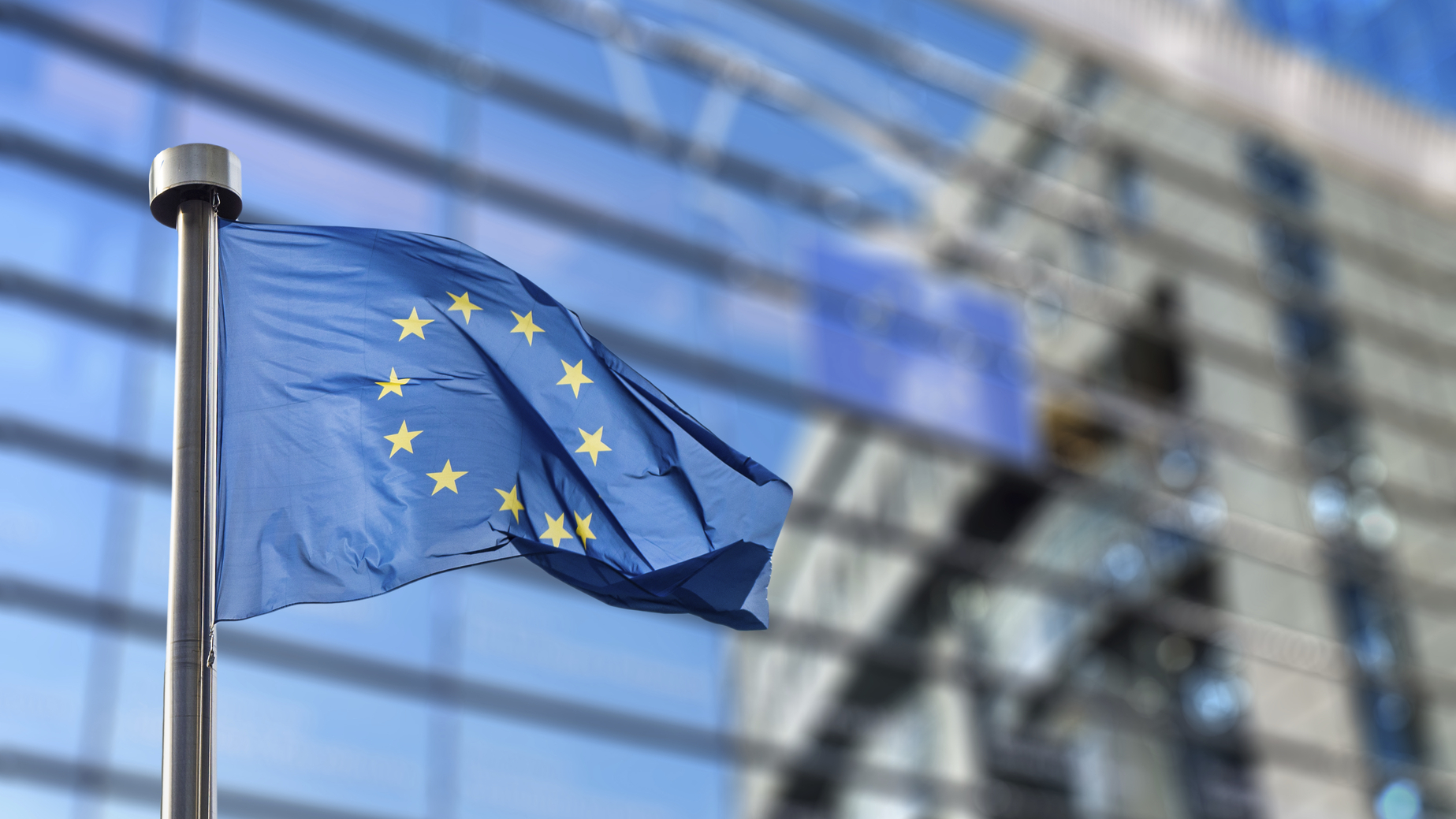 CONSTRUIR PUENTES CON EUROPA
